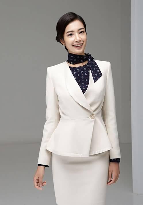 白色职业工装套裙