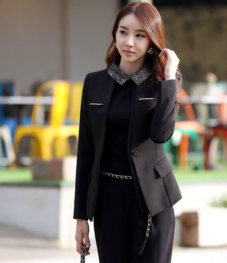 黑色圆领女士职业装套裙