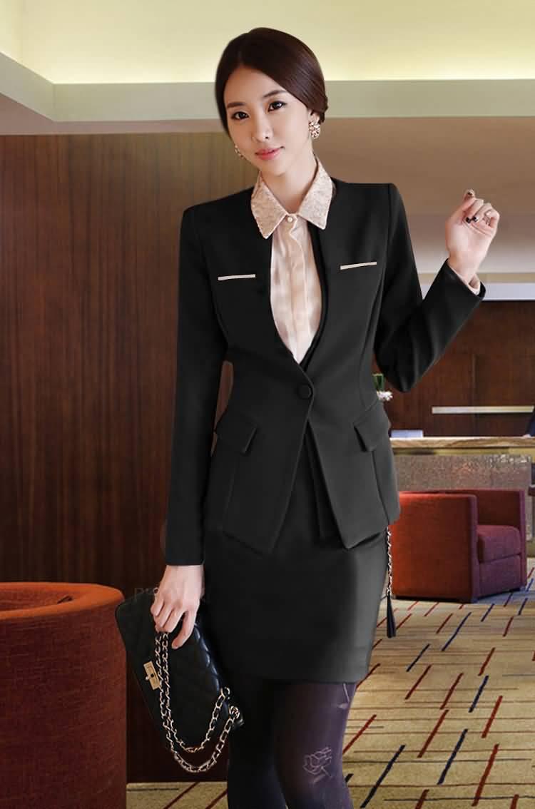 黑色职业装套裙圆领