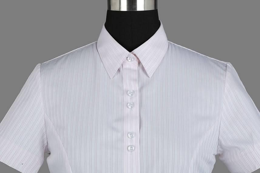 女式粉条纹竹绸纺短袖正规领衬衫门襟图片