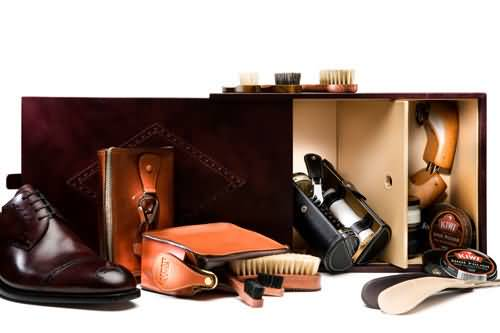 保养皮鞋用工具