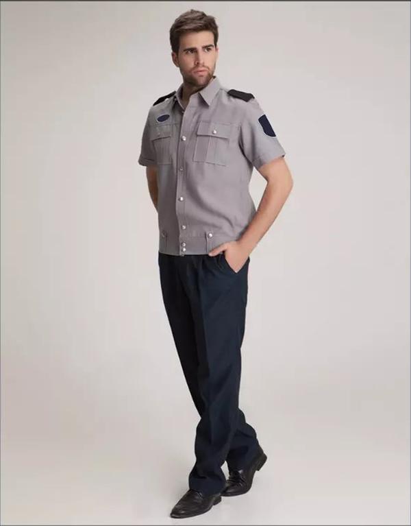 浅灰色夏季保安服