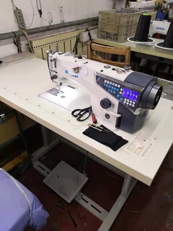 新的电脑缝纫机