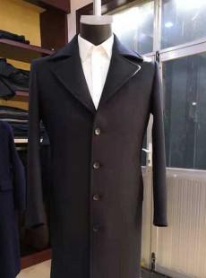 男性职场商务大衣定做款式照片